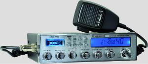 Ραδιοτηλέφωνο κλασσικής σχεδίασης με μεγάλη οθόνη.