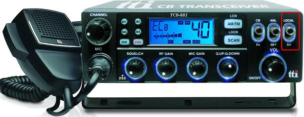 Ο διακόπτης Local/DX απορρίπτει ή εξασθενεί δραστικά τα Τροποσφαιρικά ή Ιονοσφαιρικά Ραδιοσήματα.